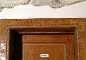 Stipite del portale dell'antico convento di Sant'Orsola