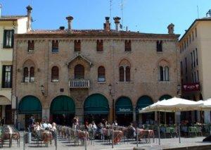 Casa di Baldo e Sibilia Bonafari in piazza del Duomo a Padova